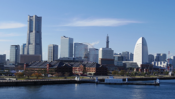 YOKOHAMA VISITORS GUIDE